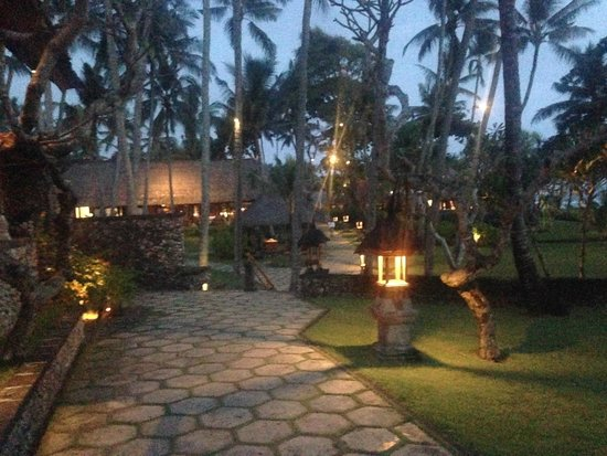 The Oberoi Bali: The view outside reception