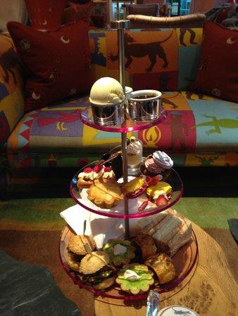 Ham Yard Hotel : Yummy afternoon tea