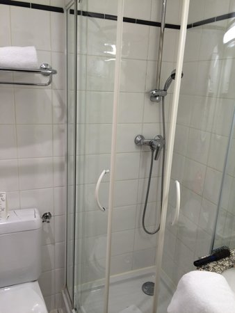 Bastille de Launay Hotel: Salle de bain