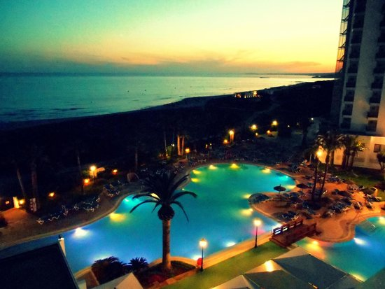 Sol Milanos Pinguinos: View from 5th floor balcony