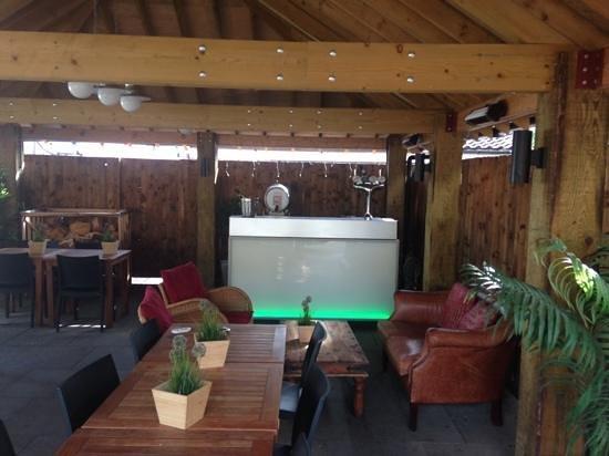 Unthank Arms Bar & Restaurant: Comedy Festival Courtyard Bar