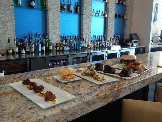 Hotel Indigo Waco - Baylor: Food from the Brazos Bar & Bistro at Hotel Indigo Waco