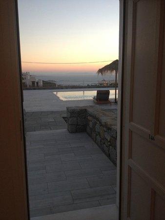 Margie Mykonos Hotel: View from our door