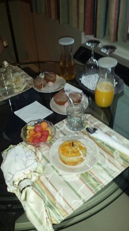 Evening Shade Inn Bed and Breakfast : Breakfast. ..
