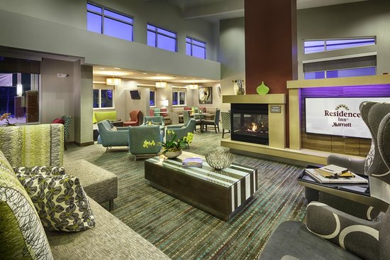 Residence Inn Pullman : Hotel Lobby