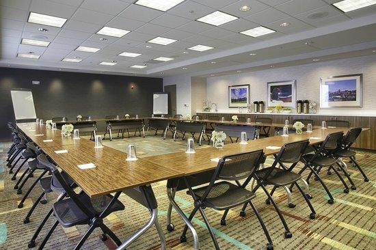 Residence Inn Pullman : Meeting Room