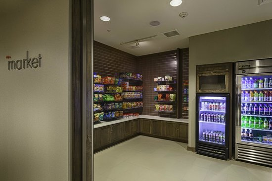 Residence Inn Pullman : The Market, open 24 hours