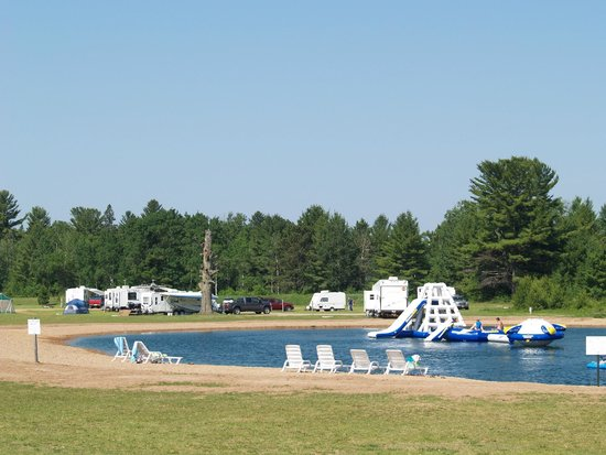 Hi-Pines Campground: Water Park