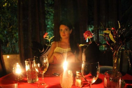 Mystic River Resort: Private dinner at the Lily Pool. I was stunned by the detail and care that the staff put into ma