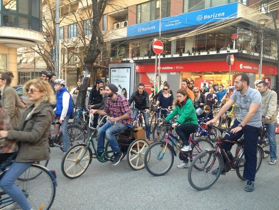 Milingona Hostel: Critical Mass, last friday of the month. Loved it & the owners were founders of Critical Mass Ti
