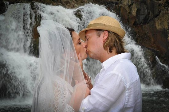 Mystic River Resort: April 26, 2014 my husband and I were married at Mystic River. Tom and Nadege took care of everyt