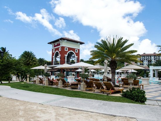 Sandals Grande Antigua Resort & Spa: From the Barefoot restaurant