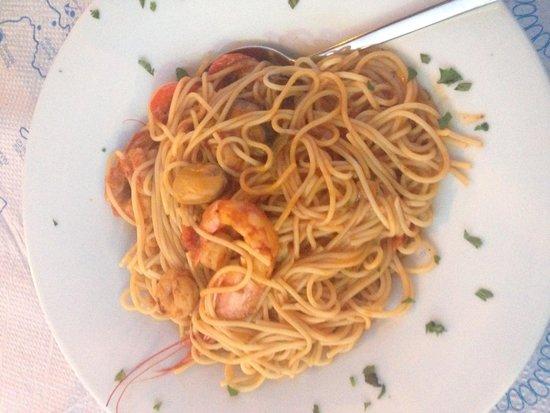 Poseidon Restaurant: Seafood pasta