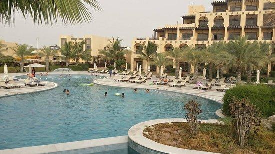 Hilton Ras Al Khaimah Resort & Spa: One of th 5-6 pools around the resort