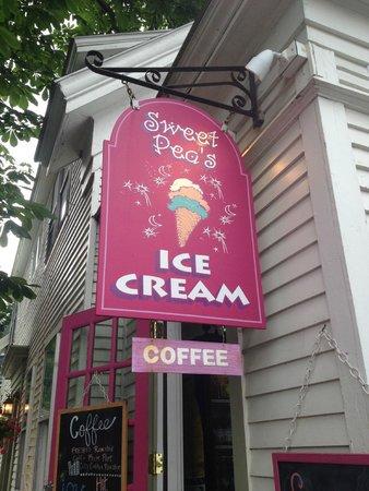 Sweet Pea's : Exterior