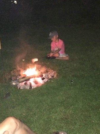 Turning Waters Bed, Breakfast and Adventure : Making smores on the 4th of July