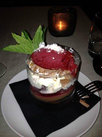 """DOX Restaurant : """"schwarzwälder kirsch"""" in a glass"""