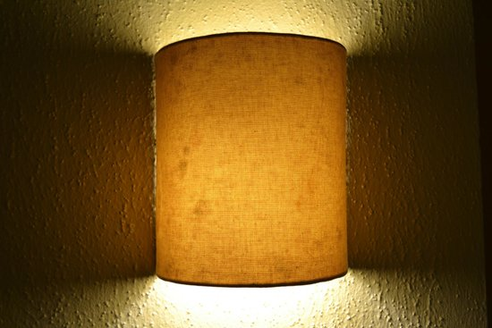 Allegro Cozumel : Mildew on bedside lamps