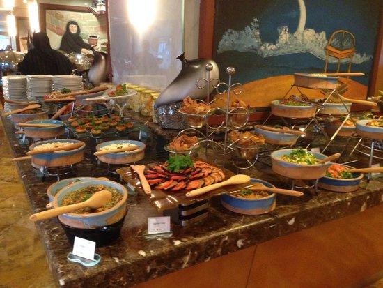 Wyndham Grand Regency Doha: Tasty buffet