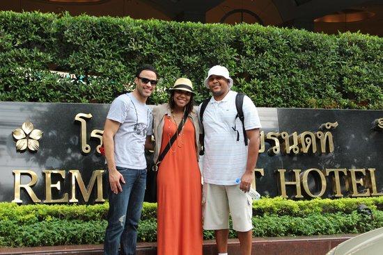 Rembrandt Hotel Bangkok: Front of Hotel