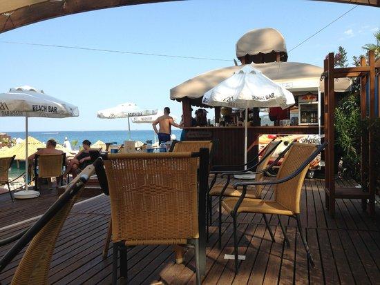 Alkoclar Exclusive Kemer: Beachbar