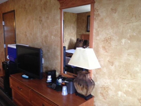 BEST WESTERN PLUS Inn of Santa Fe: Room interior
