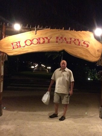 Bloody Mary's : entrance