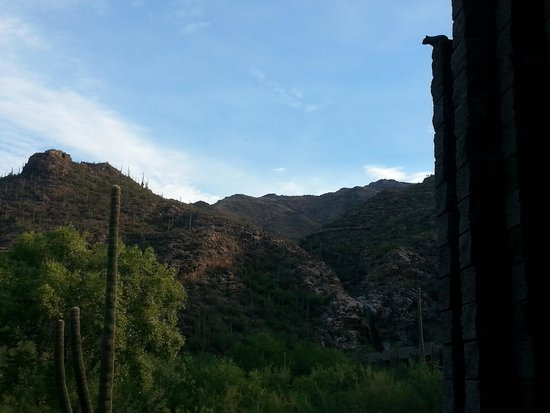 Loews Ventana Canyon Resort: Now THAT's a room with a view!