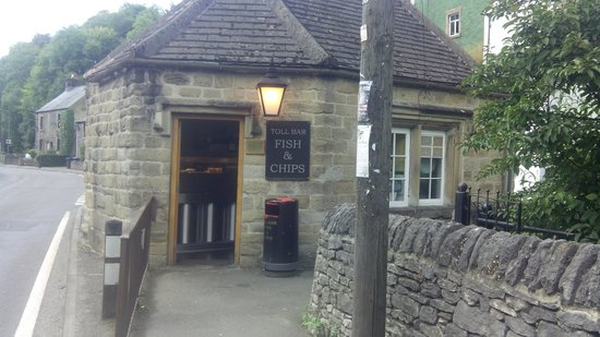 Middleton Stoney, UK: toll bar fish and chips - Stoney Middleton