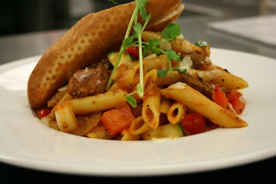 Ric's Lounge and Grill: Italian Penne