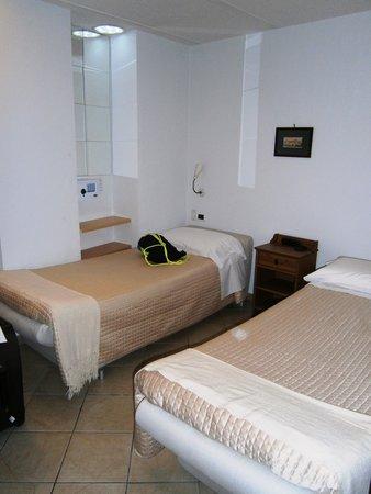 Hotel Rivoli Sorrento: Second bed room