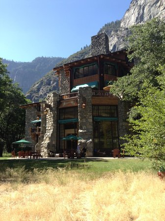 The Majestic Yosemite Hotel: ahwahnee hotel