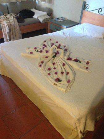 Suncity Hotel & Beach Club : little towel designs