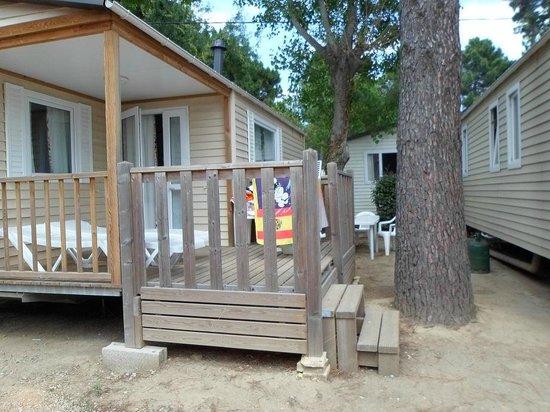 Camping Club Le Littoral : la taille de l'emplacement pour un 5*