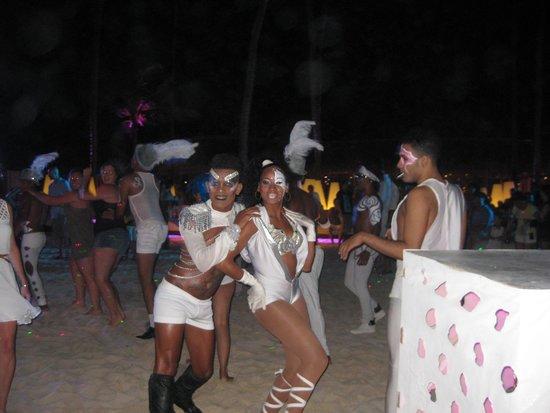 The Reserve at Paradisus Punta Cana: Soirée BBC au Gabi Beach
