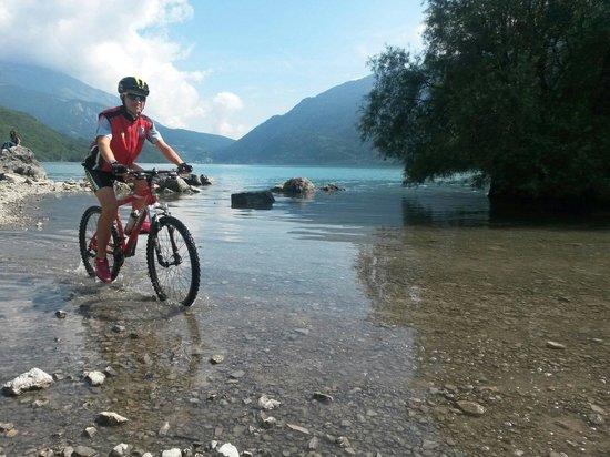 Lago di Molveno: Gita intorno al lago..... anche più in la.