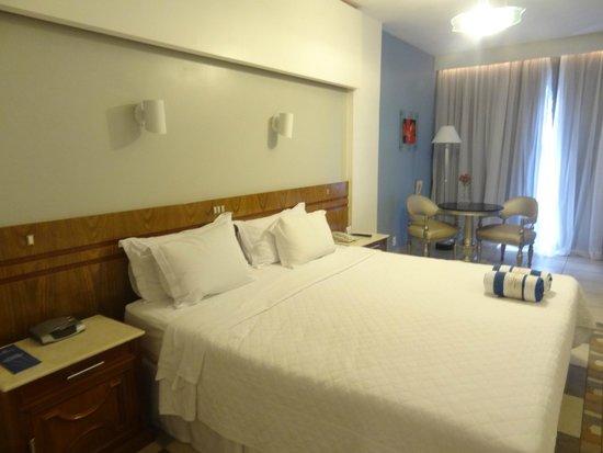 Praia Ipanema Hotel: cama de dos metros muy confortable