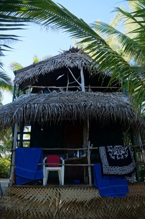 Matriki Beach Huts: Treehut (front)