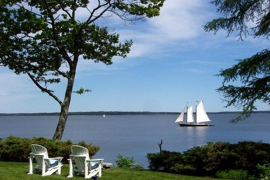 Inn at Sunrise Point: Sailing Packages