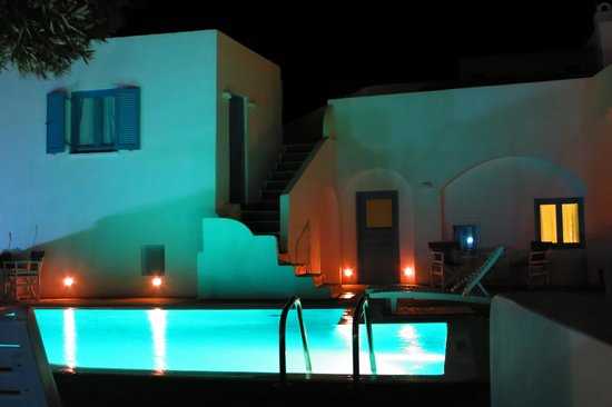 Remezzo Villas: Pool, ganz cool