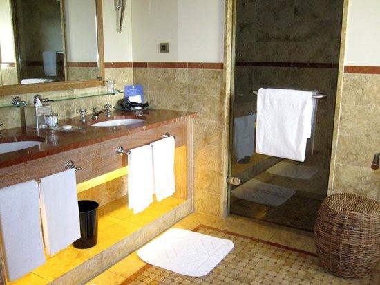 Terre Blanche Hotel and Spa : Salle de bain