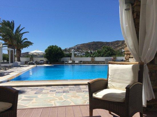 Dionysos Seaside Resort : Pool Area