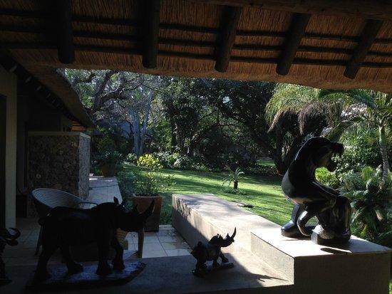 Khaya Ndlovu Manor House: Garden Suite view