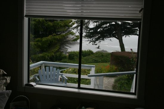 Agate Cove Inn Hotel : View from the Emerald Room
