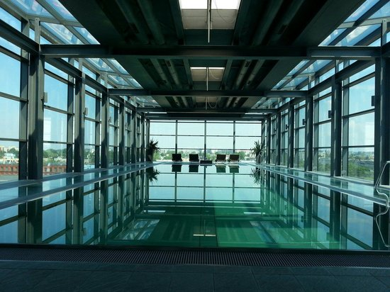 Vienna House Andel's Lodz: Svømmebasseng