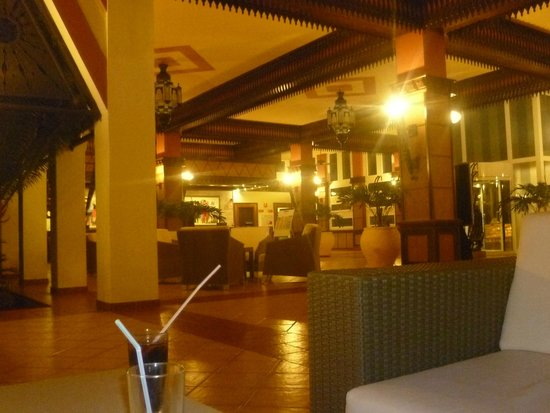 ClubHotel Riu Funana : Reception at 3am