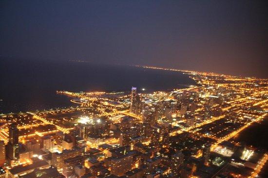 Skydeck Chicago - Willis Tower: NOCHE