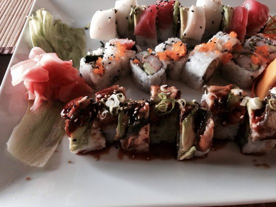 Hailey, ID: Sex on the Beach, California and Thai Cuisine roll.