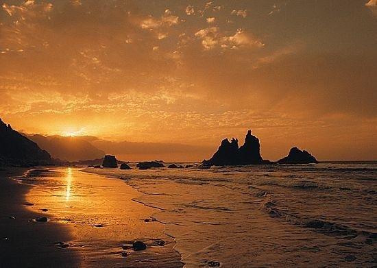 Playa de Benijo: atardecer benijo