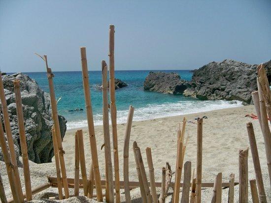 Residence Hotel La Taverna: Praia i focu